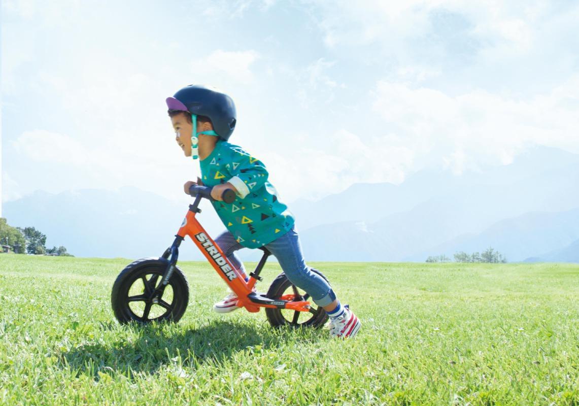 ストライダーは1歳半から楽しめる乗り物!早めに乗ることをおすすめする理由