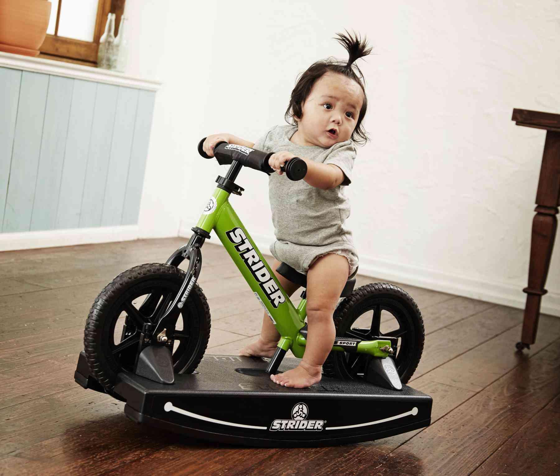 運動神経って遺伝?好奇心を刺激しバランス感覚を養う、たっちをしたらストライダー!